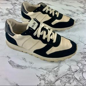 Coach C118 Runner Sneakers Off White & Black